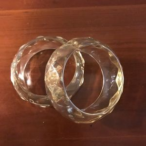🎀 3 for &20 Lucite / Acrylic Bangle Set